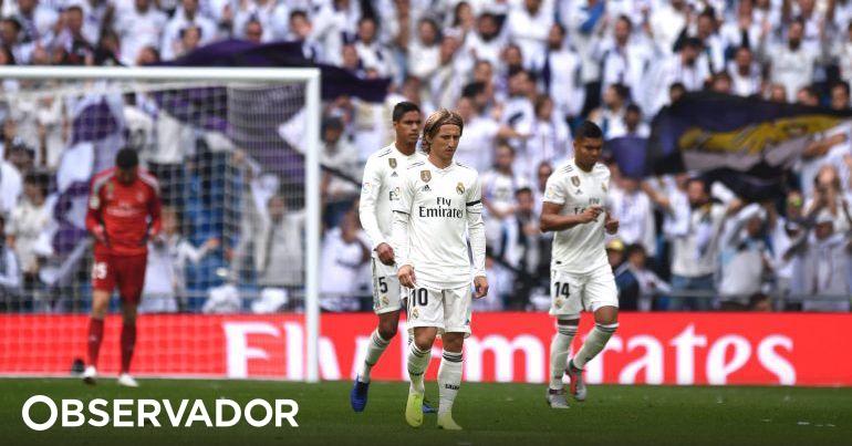 7363aed01e Da crise ao escândalo  Real perde no Bernabéu