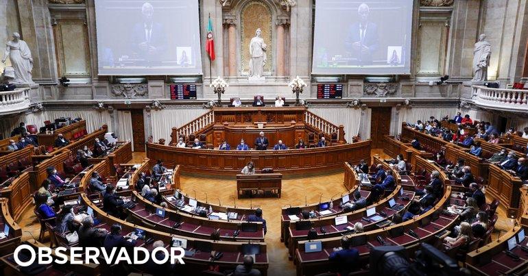 Partidos alteram diploma sobre inseminação pós-morte para responder às dúvidas de Marcelo